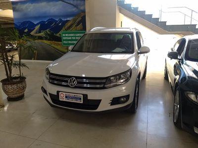 Volkswagen Tiguan TSI Tiptronic 2.0 16V Turbo Aut./Seq. 2015}