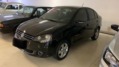 Volkswagen Polo Sedan 1.6 8V I-Motion (Flex) (Aut) 2014}