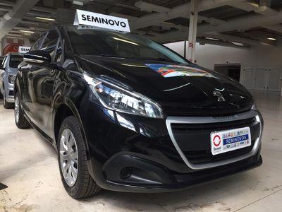 Peugeot 208 Active 1.2 2019}