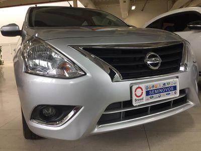 Nissan Versa 1.6 SL CVT 2020}