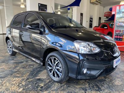 Toyota Etios Hatch X Plus 1.5 2017}