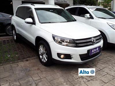 Volkswagen Tiguan 2.0 TSI 2015}