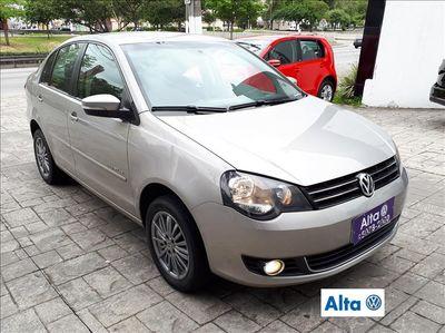 Volkswagen Polo Sedan Comfortline 1.6 8V (Flex) 2013}