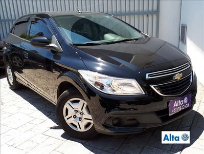 Chevrolet Onix 1.0 LT SPE/4 2013}