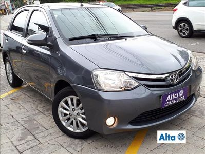 Toyota Etios Hatch XLS 1.5L (Flex) 2016}
