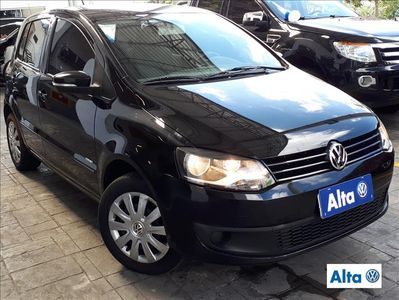 Volkswagen Fox 1.6 MI 8V FLEX 4P MANUAL 2011}