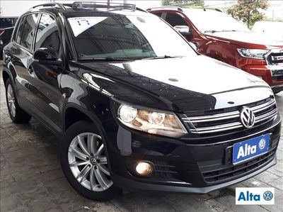 Volkswagen Tiguan TSI Tiptronic 2.0 16V Turbo Aut./Seq 2017}