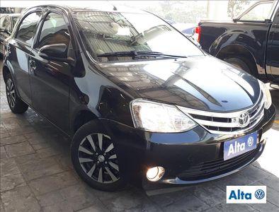 Toyota Etios Hatch 1.5 Platinum (Aut) 2015}