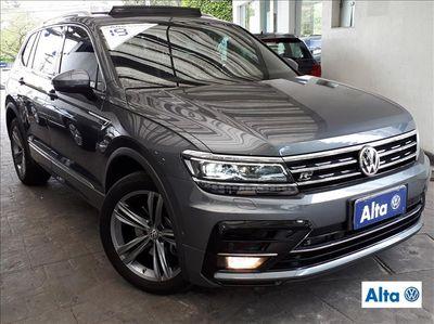 Volkswagen Tiguan R-Line 2.0 TSI 2019}