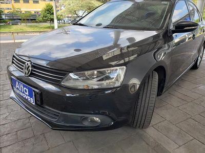 Volkswagen Jetta Comfortline Tiptronic 2.0 2014}