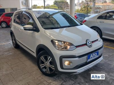Volkswagen Cross Up! 1.0 TSI  12V 2018}