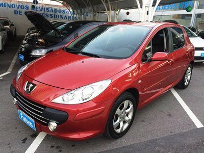 Peugeot 307 Hatch. Feline 2.0 16V (flex) (aut) 2011}