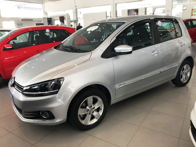 Volkswagen Fox Highline 1.6 MSI (Flex) 2018}