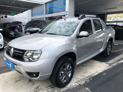 Renault Duster Oroch Dynamique 1.6 4x2 2018}