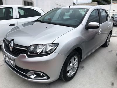 Renault Logan Dynamique 1.6 8v (Flex) 2014}