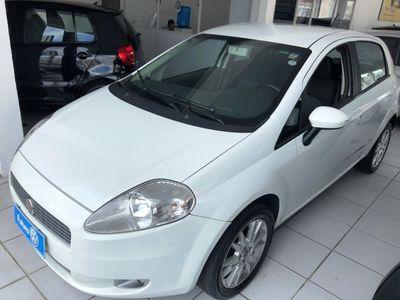 Fiat Punto Essence 1.6 16V (Flex) 2012}