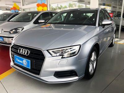 Audi A3 Sedan 1.4 TFSI S tronic 2017}