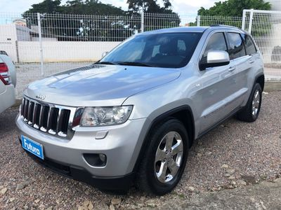 Jeep Grand Cherokee Laredo 3.6 (aut) 2011}