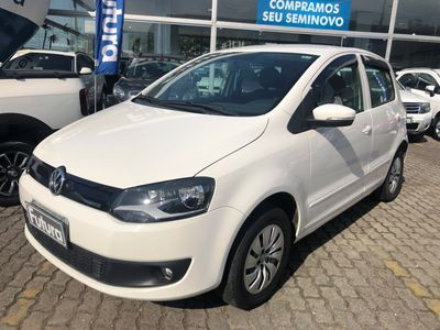 Volkswagen Fox BlueMotion 1.0 2014}