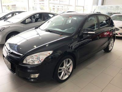 Hyundai i30 GLS 2.0 16V 2010}