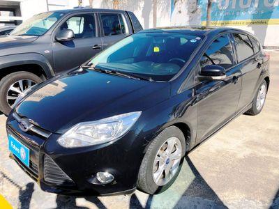 Ford Focus Hatch SE 1.6 16V TiVCT PowerShift (Aut) 2014}