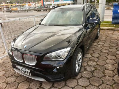 BMW X1 2.0 sDrive18i Top (aut) 2013}