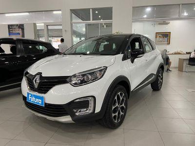 Renault Captur Intense 1.6 2019}