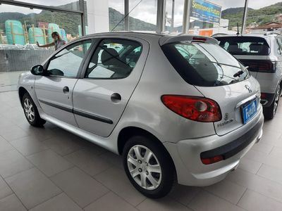 Peugeot 207 207 Passion XR 1.4 8V (flex) 2011}