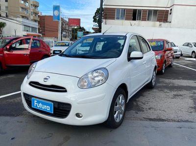 Nissan March 1.6 16V SV (Flex) 2014}