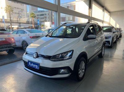 Volkswagen Space Cross 1.6 2016}