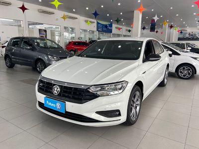 Volkswagen Jetta R-Line 250 TSI 2019}