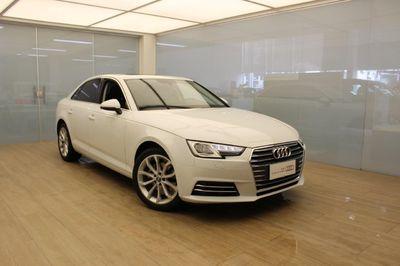 Audi A4 Sedan Ambiente 2.0L TFSI 2018}