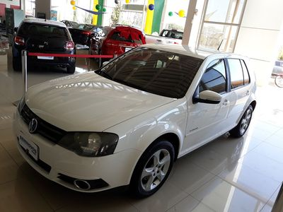 Volkswagen Golf 2.0 Tiptronic (Flex) 2013}