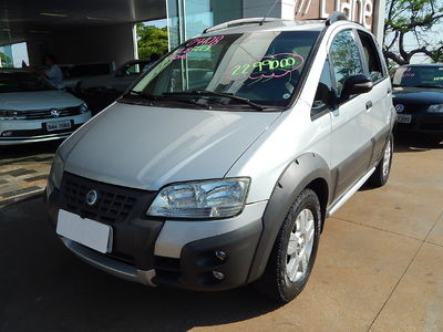 Fiat Idea Adventure 1.8 (Flex) 2008}