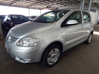 Volkswagen Fox Plus 1.6 8V (Flex) 2009}