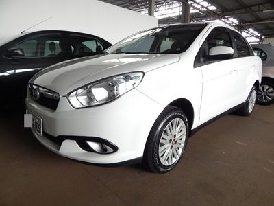 Fiat Grand Siena Attractive 1.4 8V (Flex) 2014}