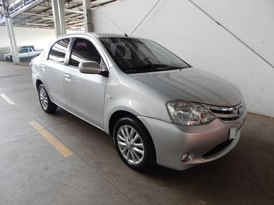 Toyota Etios Sedan XLS 1.5 (Flex) 2013}