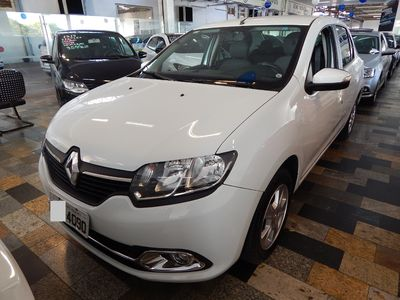 Renault Logan Dynamique 1.6 8v EASY'R (Flex) (Auto) 2015}