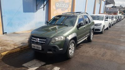 Fiat Palio Weekend Adventure 1.8 16V E.TorQ 2011}