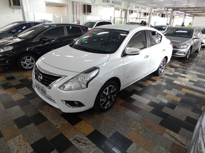Nissan Versa 1.6 UNIQUE 2016 2016}