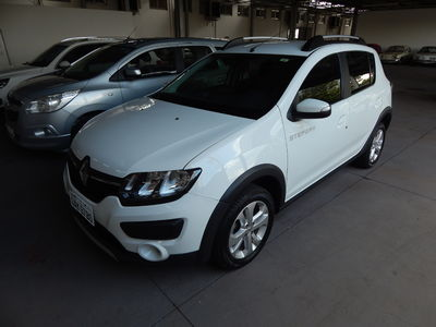 Renault Sandero 1.6 Stepway 16V 2016}