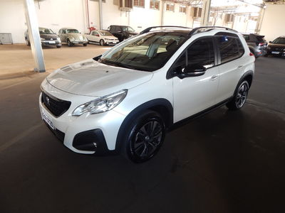 Peugeot 2008 Griffe 1.6  AT 2020}
