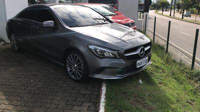 Mercedes-Benz Classe CLA 1.6 Vision 16V Flex 2017}