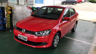 Volkswagen Voyage 1.6 VHT I-Motion (Aut) (Flex) 2014}