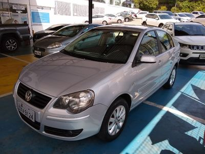 Volkswagen Polo Sedan 1.6 8V (Flex) 2009}
