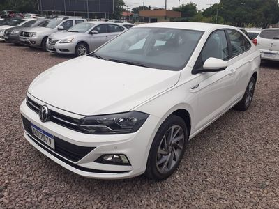 Volkswagen Virtus Highline 1.0 200 TSI 2020}