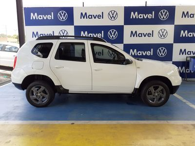 Renault Duster Expression 1.6 4x2 2015}