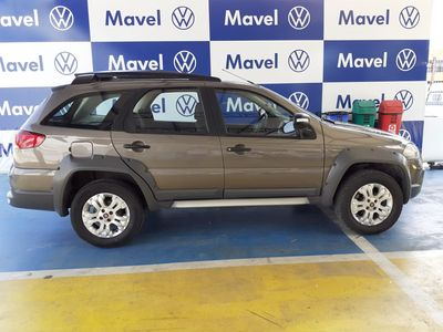 Fiat Palio 1.8 MPI ADVENTURE WEEKEND 16V FLEX 4P MANUAL 2011}
