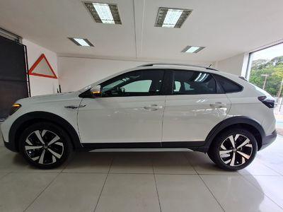 Volkswagen Nivus Highline 200 TSI 2021}
