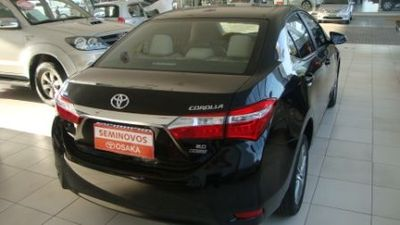 Toyota Corolla Sedan Altis 2.0 16V (flex) (aut) 2015}
